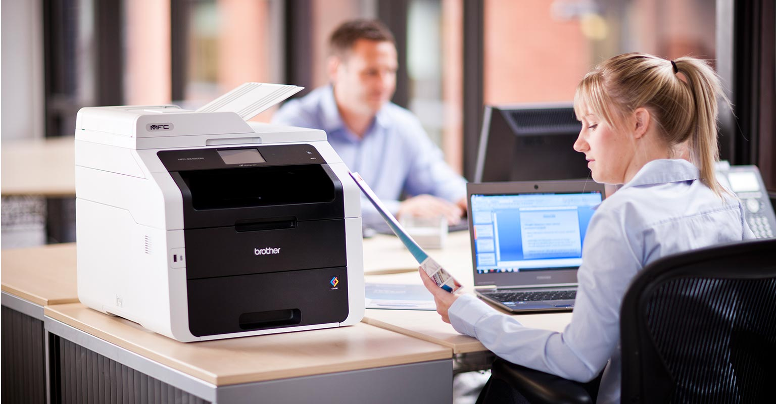 Office staff using printsmart to manage their printing environment