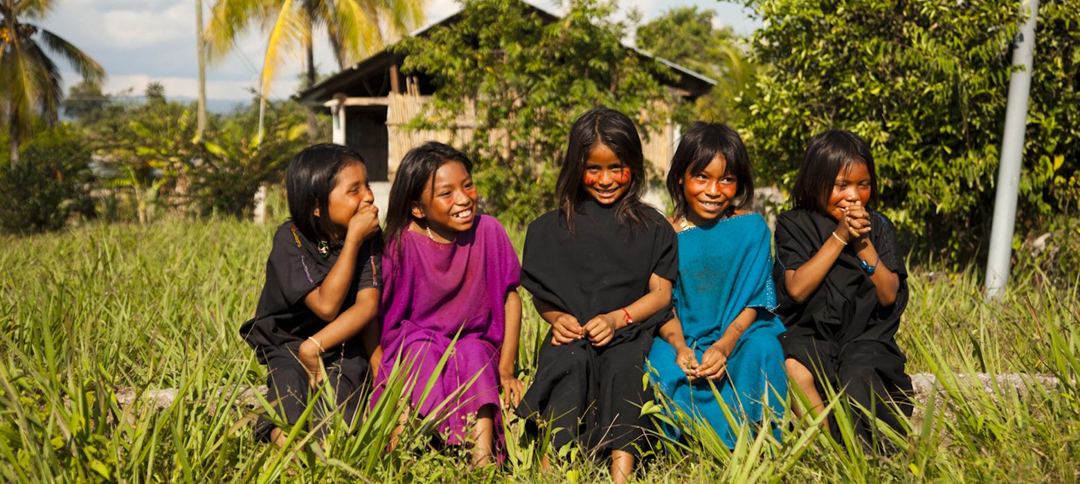 Cutivireni Village Happy Girls Nature Rainforest