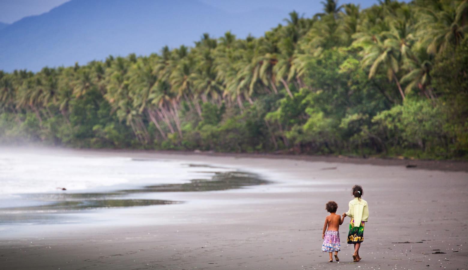 Orangerie Bay Beach Girls Rainforest
