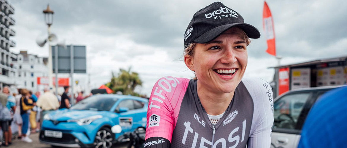 Leah Dixon cycling for Brother UK-Tifosi p/b OnForm